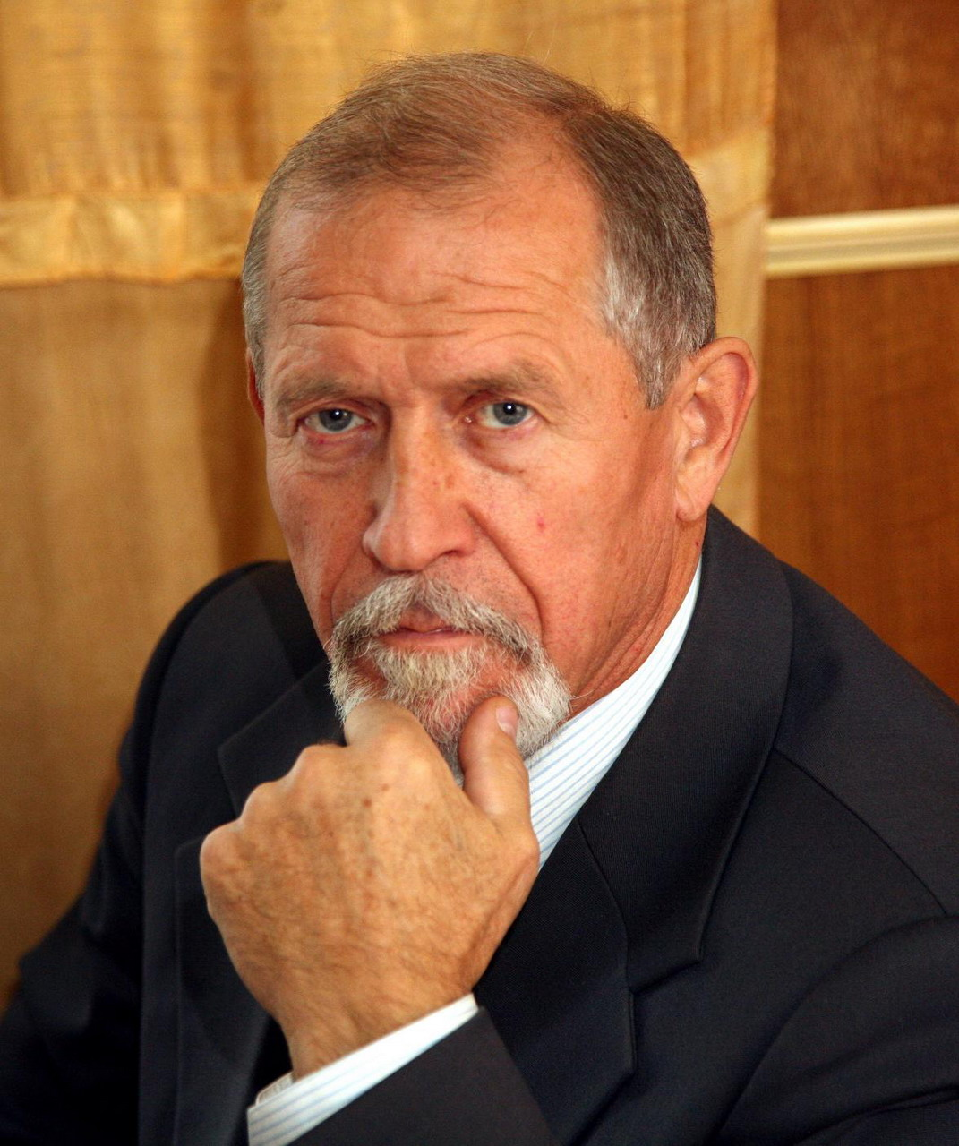 aleksey-pankov-foto-goliy